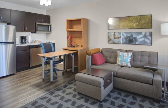 Suite TownePlace Suites Wichita East