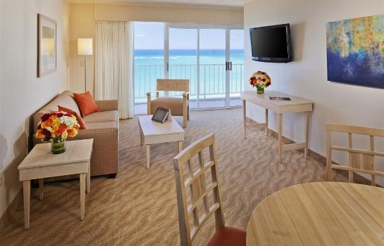 Suite Best Western Plus Condado Palm Inn & Suites