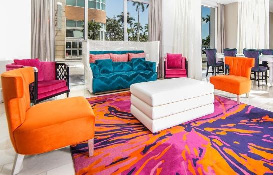 Hall YVE Hotel Miami