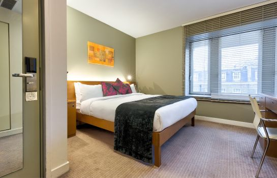 Double room (superior) Ambassadors Bloomsbury