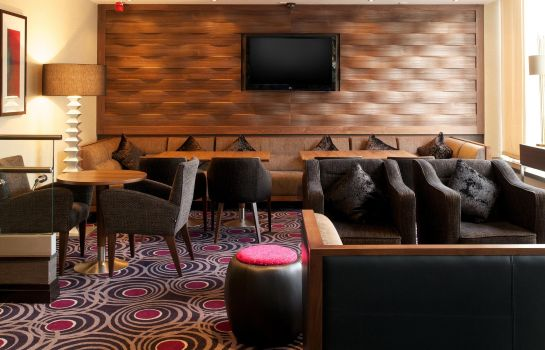 Hotel bar DoubleTree by Hilton London - Victoria