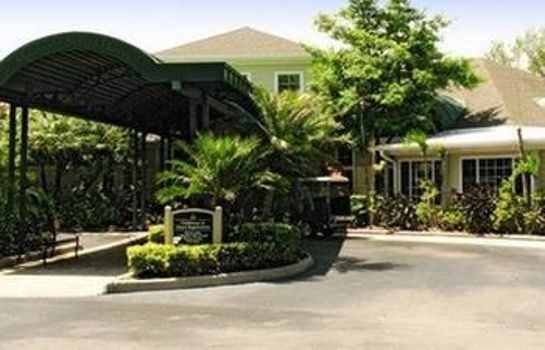 Vista exterior Mainsail Tampa Extended Stay