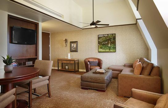 Suite The Emily Morgan a DoubleTree by Hilton