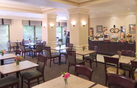 Restaurant Holiday Inn Express & Suites ALPHARETTA - WINDWARD PARKWAY