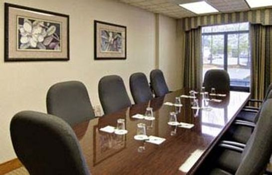 Conference room WINGATE BY WYNDHAM ALPHARETTA