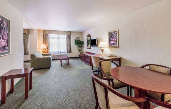 Suite WINGATE BY WYNDHAM DALLAS LOVE