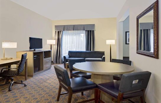 Suite Wingate by Wyndham Arlington Heights Wingate by Wyndham Arlington Heights