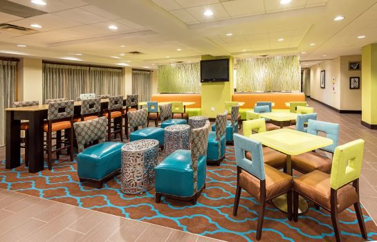 Restaurant La Quinta Inn Suites Tampa North I-75