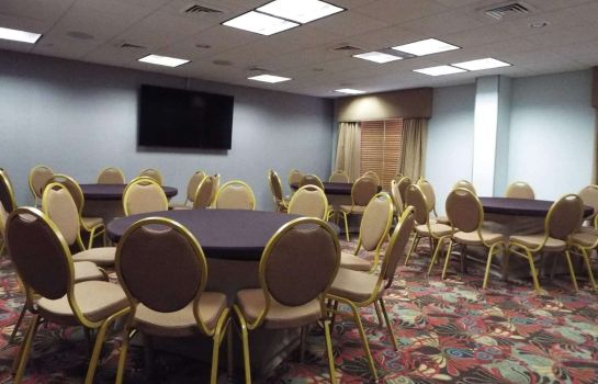 Conference room Wingate by Wyndham Greensboro Wingate by Wyndham Greensboro