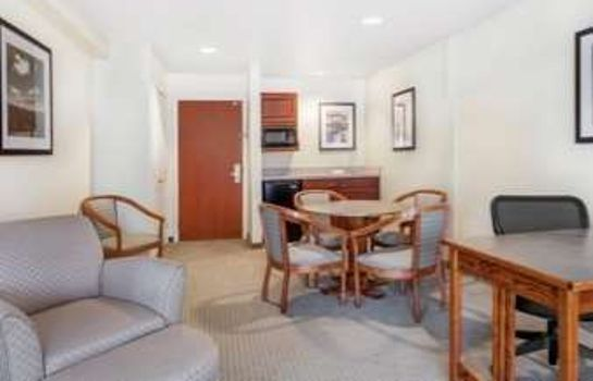 Suite WINGATE BY WYNDHAM HELENA AIRP