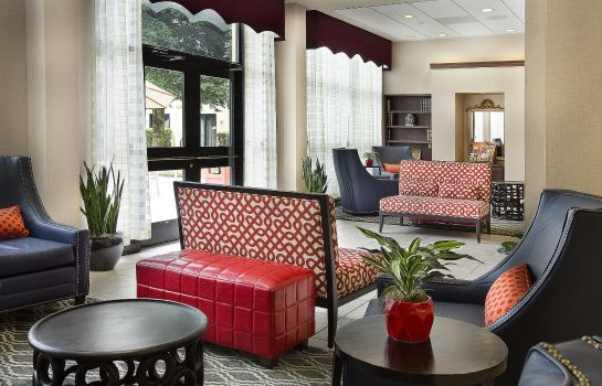 Hotelhal DoubleTree by Hilton Charlotte Airport
