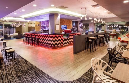 Bar del hotel ibis London City - Shoreditch