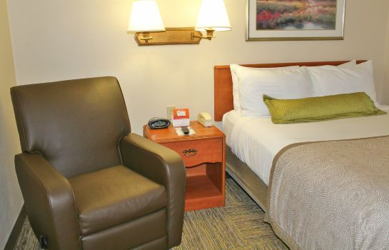Zimmer Candlewood Suites SYRACUSE-AIRPORT