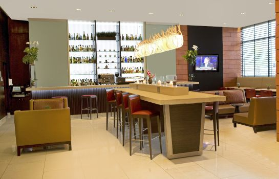 Hotel-Bar Courtyard Panama Multiplaza Mall