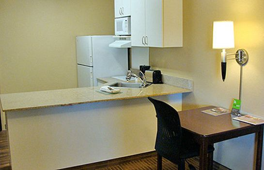Info EXTENDED STAY AMERICA EWR AIR