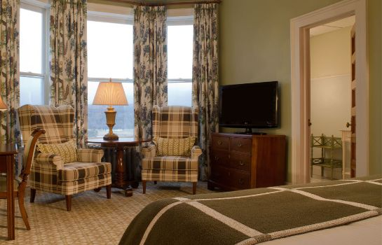 Zimmer Omni Mount Washington Resort