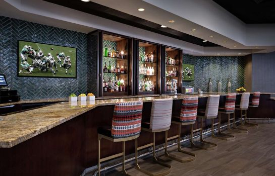 Hotel bar Doubletree by Hilton Fairfield