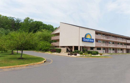 Vista exterior Days Inn Monmouth Junction Princeton