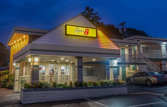 Exterior view Super 8 by Wyndham W Yarmouth Hyannis/Cape Cod