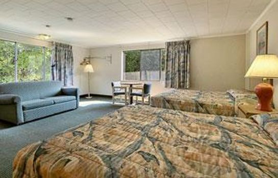 Suite SUPER 8 W YARMOUTH HYANNIS-CAP