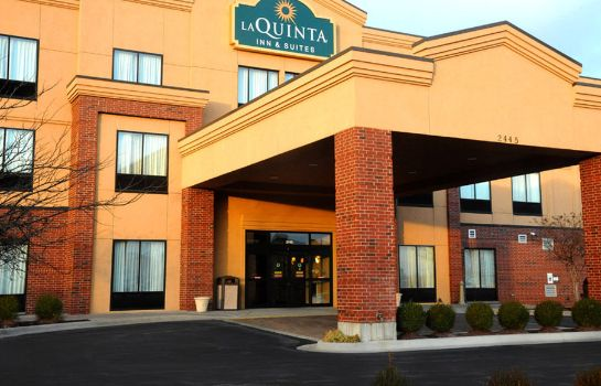 Außenansicht La Quinta Inn and Suites Springfield Airport Plaza