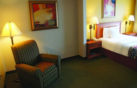 Zimmer La Quinta Inn and Suites Springfield Airport Plaza