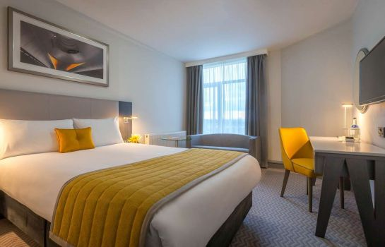 Room Maldron Hotel Dublin Airport