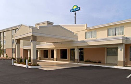 Vista exterior DAYS INN SPRINGFIELD-CHICOPEE