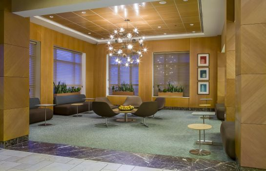 Lobby DoubleTree by Hilton Chicago - Arlington Heights