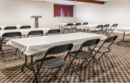 Conference room Econo Lodge Bay City