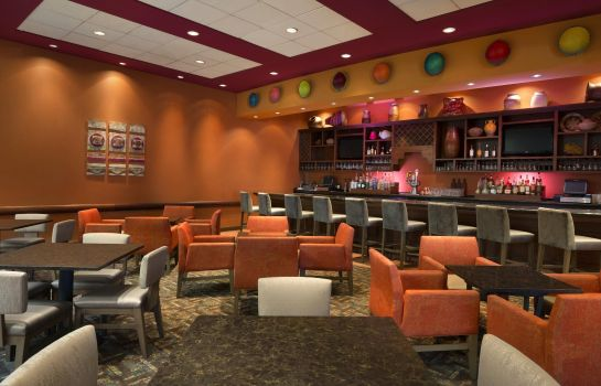 Hotel-Bar Embassy Suites by Hilton Albuquerque Hotel - Spa