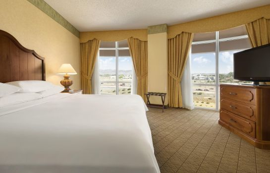 Suite Embassy Suites by Hilton Albuquerque Hotel - Spa