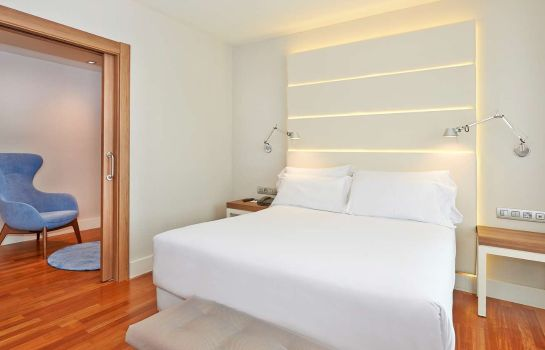 Zimmer NH Barcelona Les Corts
