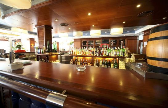 Bar del hotel Marins Playa