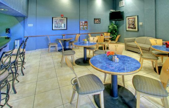 Bar del hotel Holiday Inn & Suites ALBUQUERQUE AIRPORT