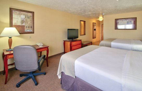 Habitación Holiday Inn & Suites ALBUQUERQUE AIRPORT