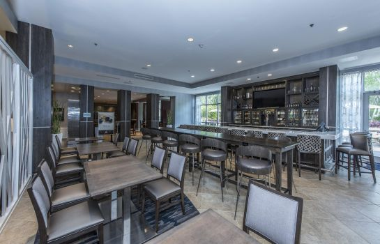 Restaurant DoubleTree by Hilton North Charleston - Convention Center