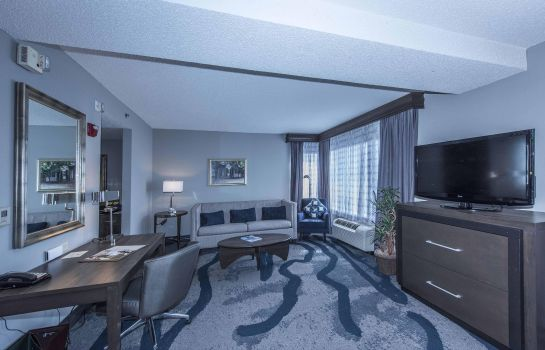 Suite DoubleTree by Hilton North Charleston - Convention Center