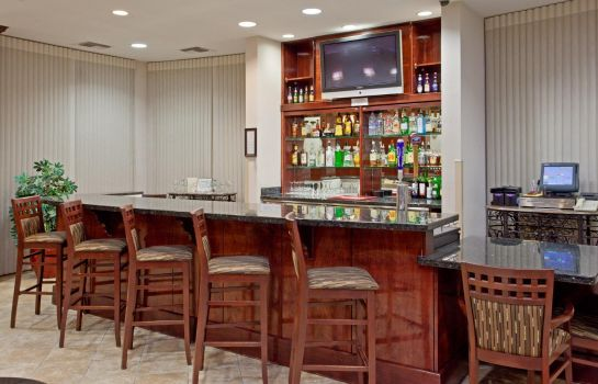 Hotel bar Holiday Inn & Suites COLLEGE STATION-AGGIELAND
