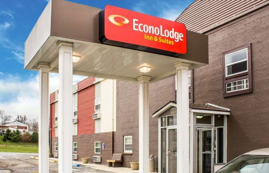 Vista esterna Econo Lodge  Inn & Suites