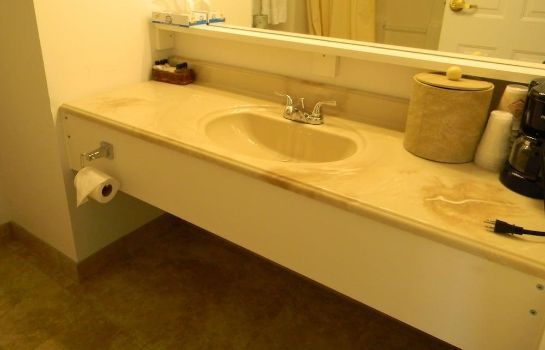 Bagno in camera Heritage Inn & Suites Rehoboth Beach
