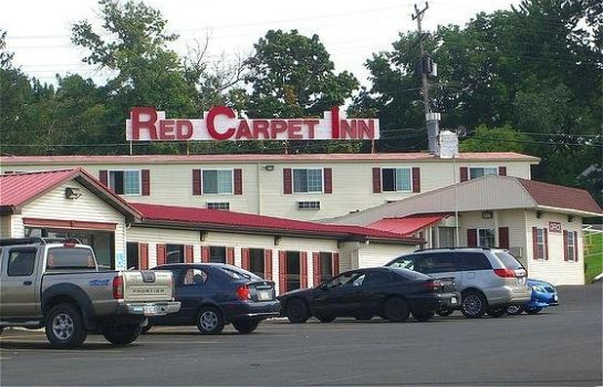 Vista esterna Red Carpet Inn Syracuse Airprt