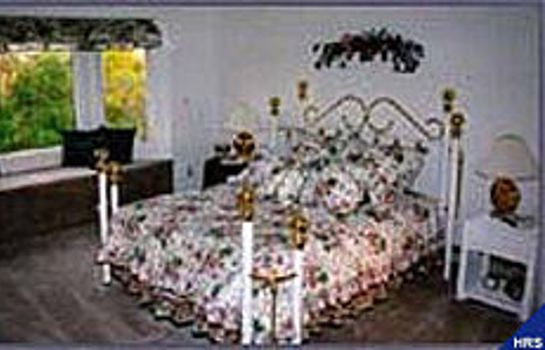 Informacja FOX HOLLOW BED AND BREAKFAST