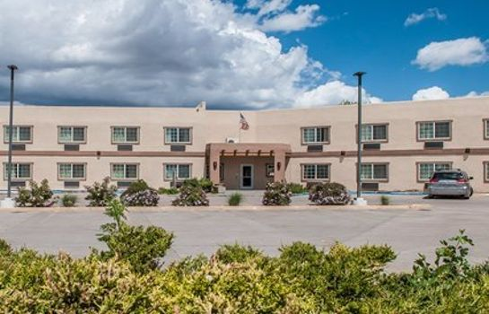 Exterior view Econo Lodge Inn & Suites Santa Fe