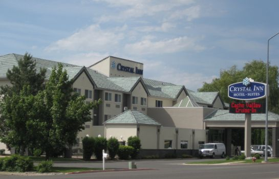 Exterior view CRYSTAL INN HOTEL AND SUITES LOGAN