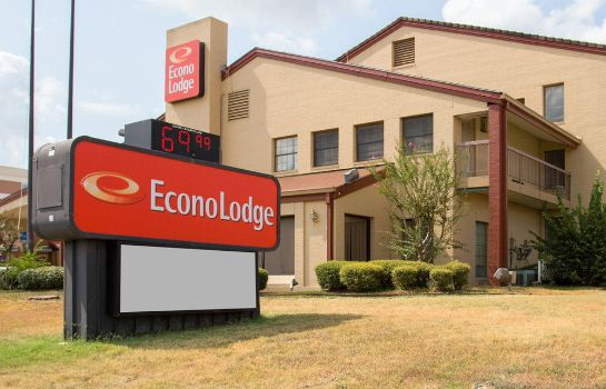 Exterior view Econo Lodge College Station