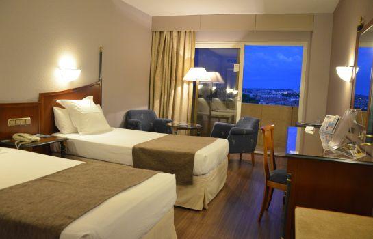 Double room (standard) Beatriz Toledo Auditorium & Spa