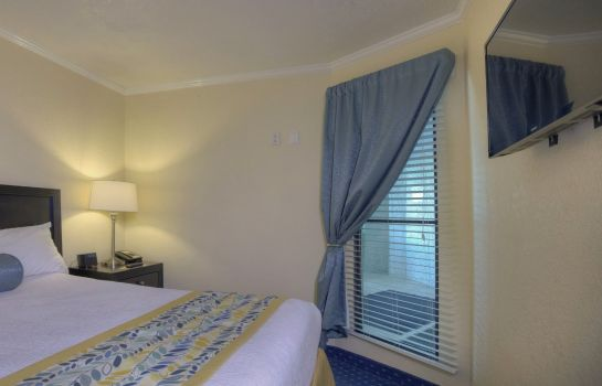 Zimmer SAILPORT WATERFRONT SUITES TPA