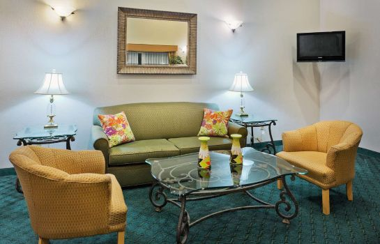 Hall La Quinta Inn by Wyndham Everett