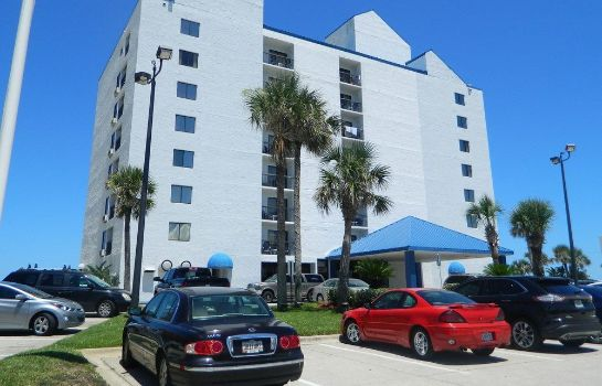 Exterior view Tropical Winds Oceanfront Hotel